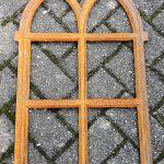 gietijzeren raam 40 cm breed en 60 cm hoog