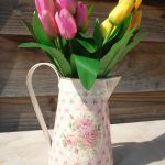 waterkan met bloem motief 2